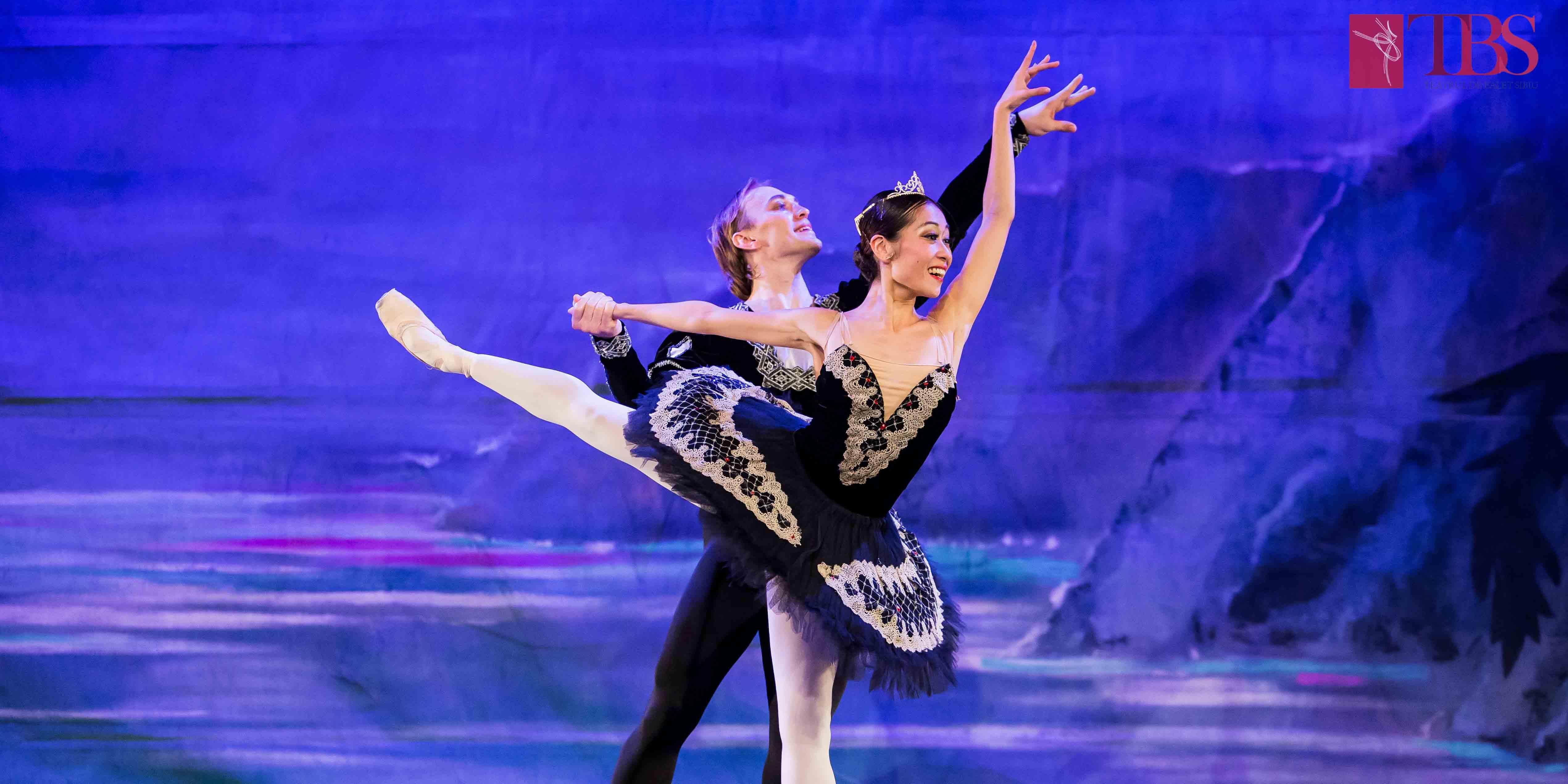 TBS dansează la Opera Națională București, în cadrul spectacolului de gală dedicat lansării oficiale a UACR