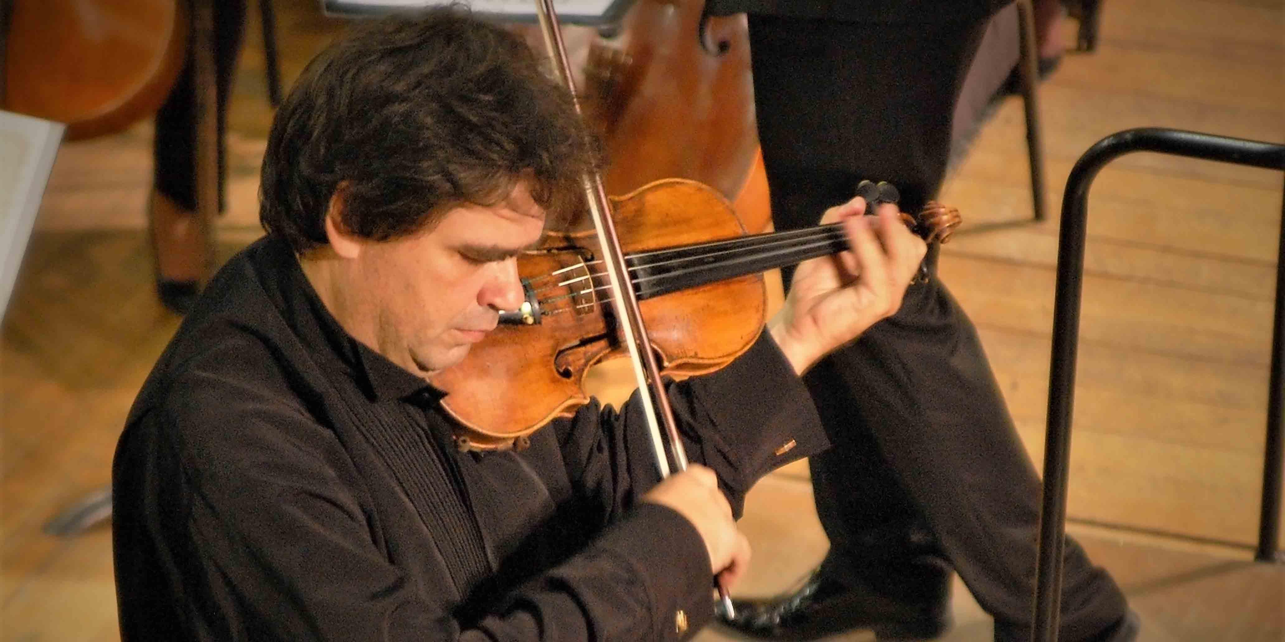 Vioara lui George Enescu răsună la Sibiu. Concert la Sala Thalia