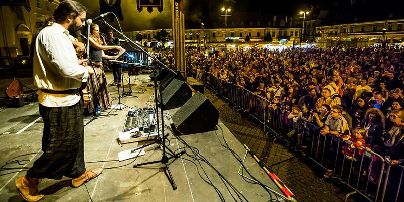 """30.000 de spectatori la Festivalul Medieval """"Cetăți Transilvane"""""""