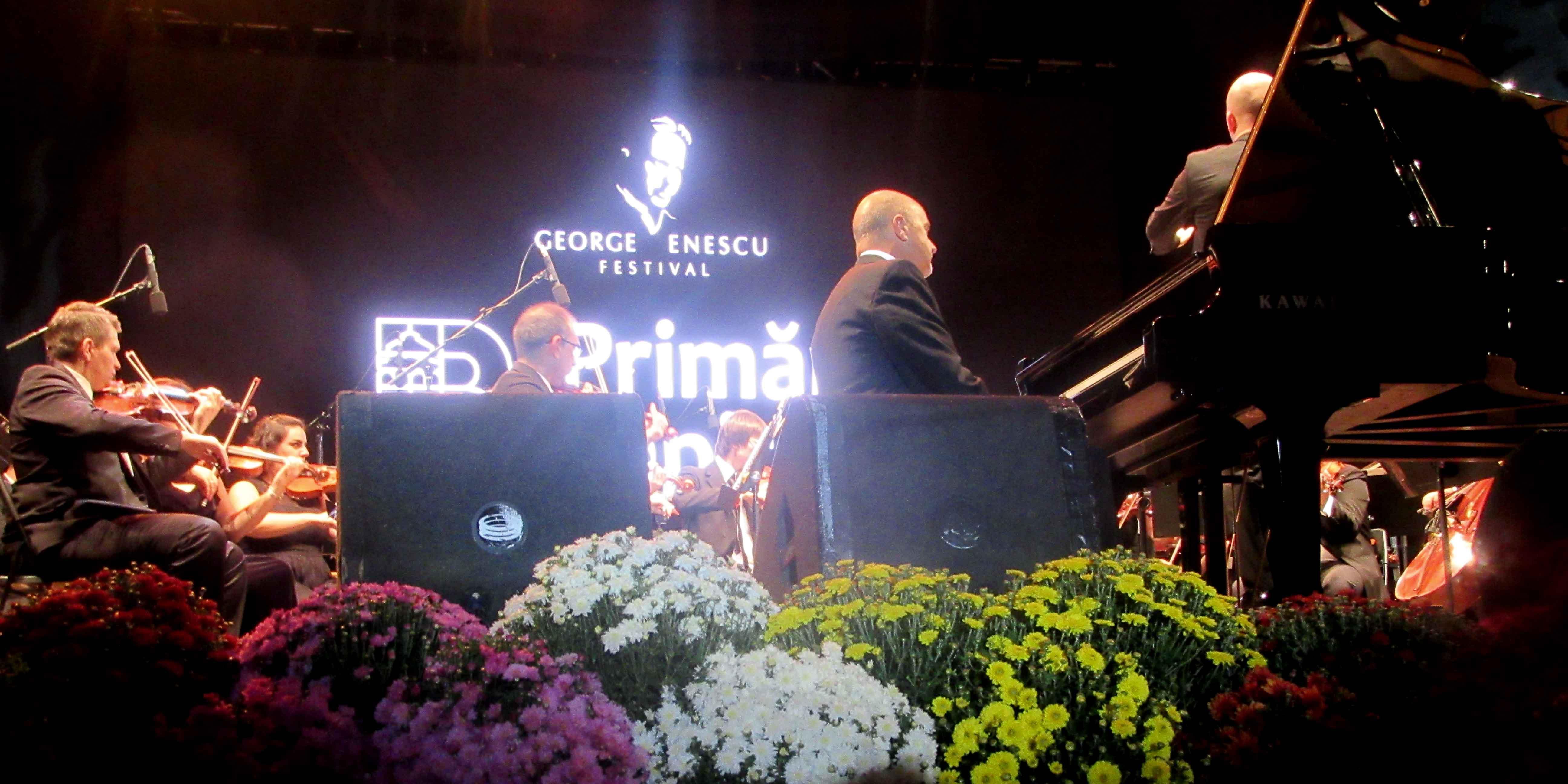 Filarmonica de Stat din Sibiu - Revelația Festivalului George Enescu. Cronică