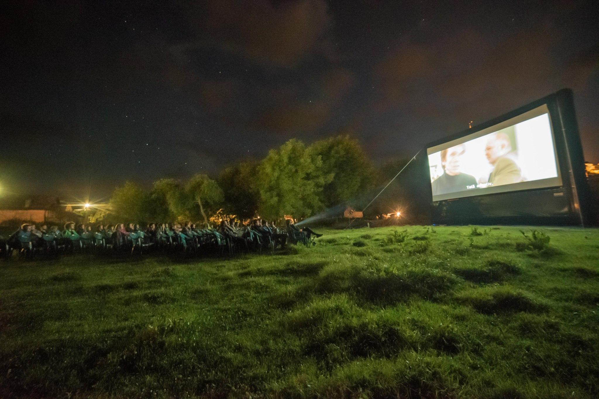 """Proiectie in cadrul festivalului """"Lună plină"""". Foto: Sergiu Serj"""