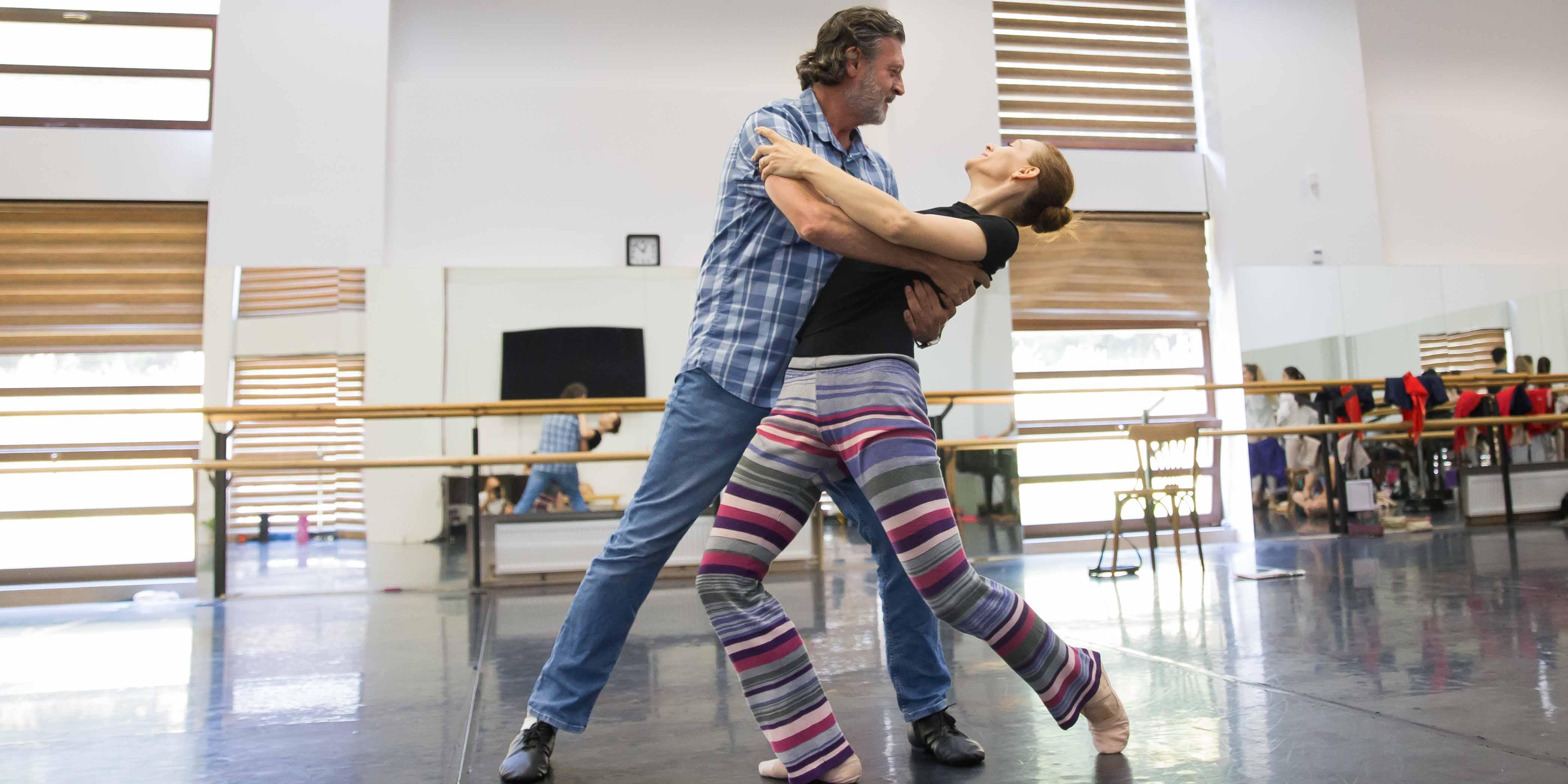 Ovidiu Dragoman - directorul Teatrului de Balet Sibiu - revine pe scenă, după o pauză de 30 de ani!